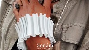 Son_im_protoype_3dprinted_jewellery_copyright_Richard_Grant_rgproduct_experiential